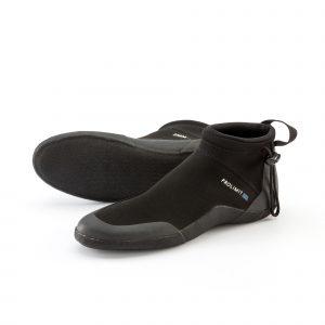 Raider shoe